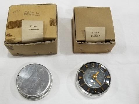 Benrus accesory clock.3