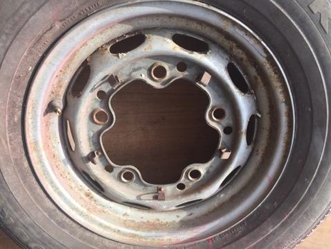 4 wheel rims %28a%29 %282%29